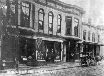 Businesses on Bridge St