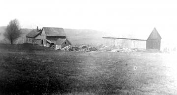 Babcock Farm House and Buildings