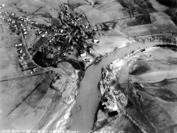 Aerial photograph of the Lamoille River