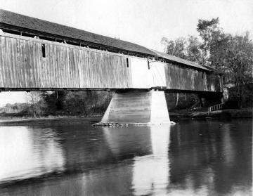 Old Heineberg Covered Bridge