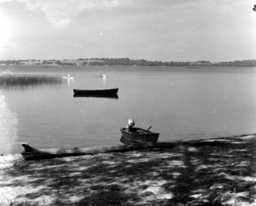 Boats at Sandbar State Park