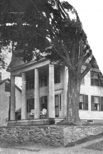Belcher Memorial Library