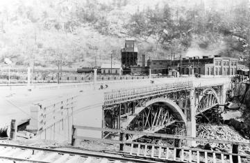 Building the Charles N. Vilas Bridge