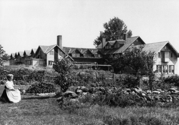 1949 View of Trapps