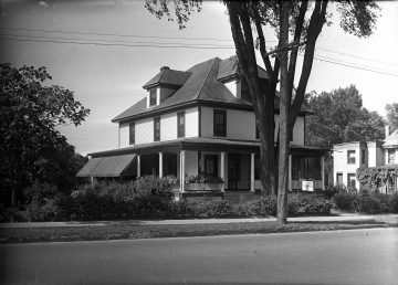 Warner House at 96 Colchester Avenue