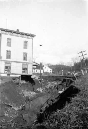 1927 Flood in Barnett Village