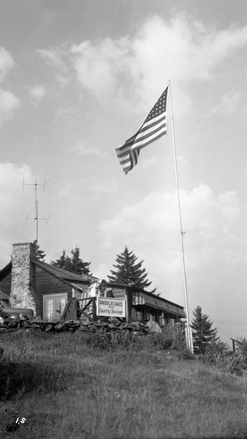 A Lodge atop Hogback