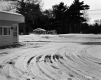 1660 Williston Road Ho Hum Motel Driveway